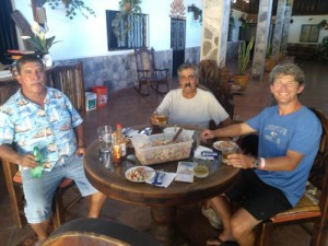 Enjoying conversation and fresh ceviche with Abel Casas (center).