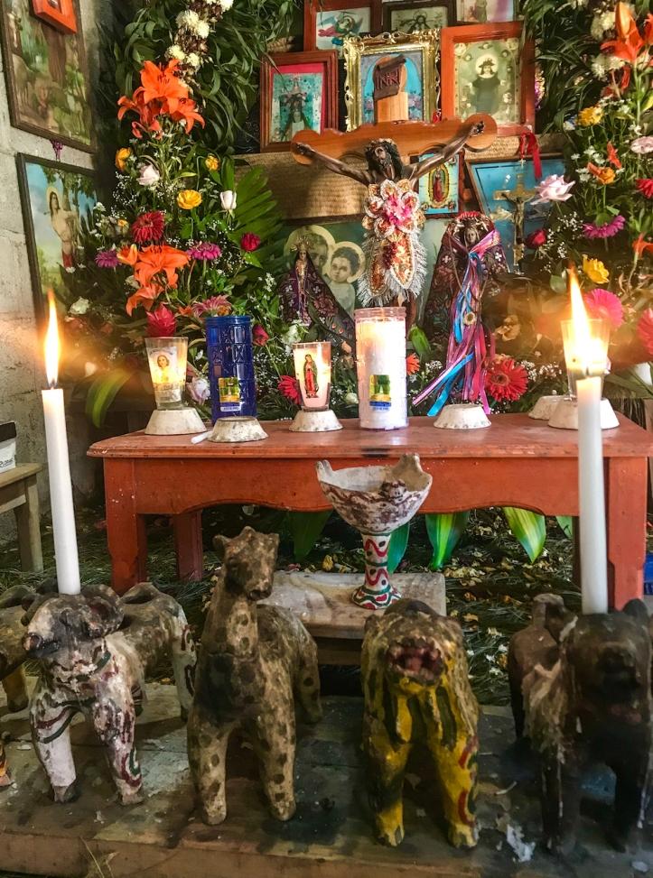 Altar in Zinacantán